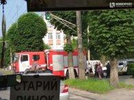 У Луцьку «мерс» врізався у пожежну машину, яку водій не захотів пропустити (фото)