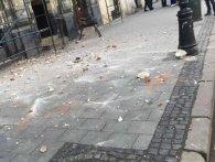 16-річній львів'янці на голову впала цеглина