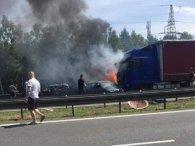 Українець героїчно врятував двох дітей і двох жінок із палаючих авто у Польщі (фото)