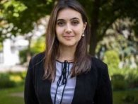 Скільки офіційно заробляє в місяць прес-секретар Зеленського