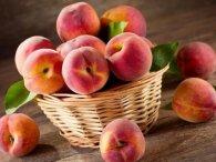 Чому треба їсти персики