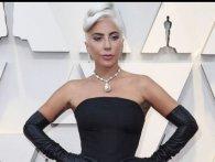 Леді Гага поцілувала на сцені одруженого музиканта (відео)