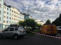 «Замінували» лікарні у Рівному: евакуйовують працівників і пацієнтів (фото)