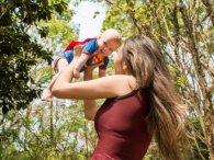 У Львові зграя бродячих псів напала на жінку з немовлям на руках (фото)