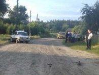 Мопед втаранився в автомобіль: загинуло двоє підлітків (фото)
