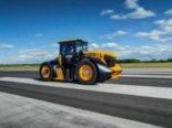 Майже «Формула 1»: до рекордної швидкості розігнали трактор (відео)