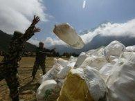 Найвищій горі світу загрожує катастрофа через альпіністів, які накакали 8 тонн (фото)
