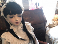 Японка перетворила себе на живу «шарнірну» ляльку (фото)