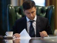 «Полетіли голови»: Зеленський звільнив чотирьох очільників РДА