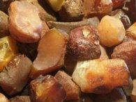 Волинянин намагався вивезти в Польщу майже 50 кілограмів бурштину