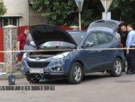 Спротив контрабандистів: в Ужгороді обстріляли авто з поліцейським начальником (відео)