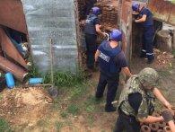 На Рівненщині в будинку, де підірвалися діти, знайшли цілий арсенал боєприпасів (фото, відео)