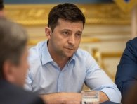 Зеленський звільняє відразу аж 12 українських послів
