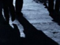 На зупинці в Луцьку троє молодиків побили і пограбували чоловіка (фото)