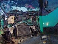 ДТП на Львівщині: 12-річного пасажира «вирізали» з деформованого автомобіля (фото)