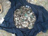 В українському монастирі знайшли старовинні скарби (фото)