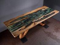 Ексклюзивні столи з натурального дерева і епоксидної смоли – відтепер у Луцьку!