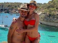 Екс-чоловік Лорак знайшов собі нову дівчину…  на сайті ескорт послуг