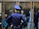 Російський суд залишив українських моряків за ґратами