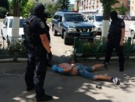 Іноземець викрав українку і вивіз за кордон