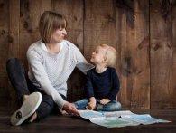 Як пояснити дитині, звідки беруться діти: помилки батьків та поради психологів