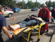 «Наче кеглі»: у Львові копи збили на «зебрі» одразу двох жінок (відео)