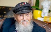 «Найстаріший гей на селі»: учасник Другої світової одружився із чоловіком (фото)