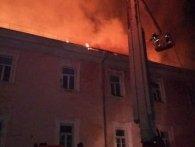 У Луцьку горів військовий госпіталь: евакуювали сотню людей