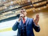 У школі в прем'єра Гончарука було таке ж прізвисько, як у Януковича (відео)